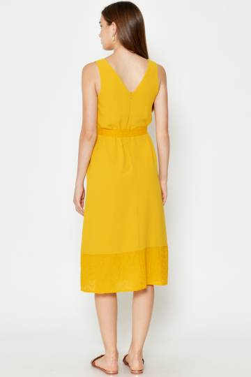 SABELLE EYELET HEM MIDI DRESS W SASH YELLOW
