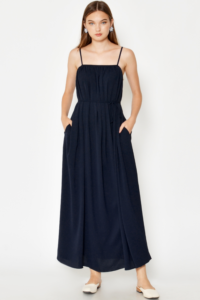 KASSI RUCHED MAXI DRESS W SASH NAVY