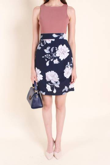 MADEBYNM GOLDIA FLORAL A-LINE DRESS IN ROSE/NAVY [XS/S/M/L]