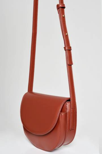 BACKORDER HALF MOON MINI CROSS BODY BAG RED