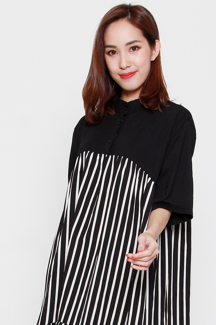 Last Chance - Nya Stripe Dress in Black White
