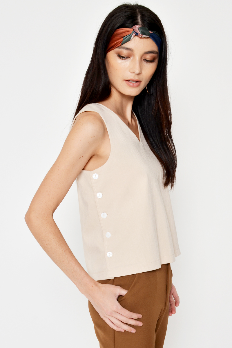 GRAEME SIDE BUTTON REVERSIBLE TOP SAND