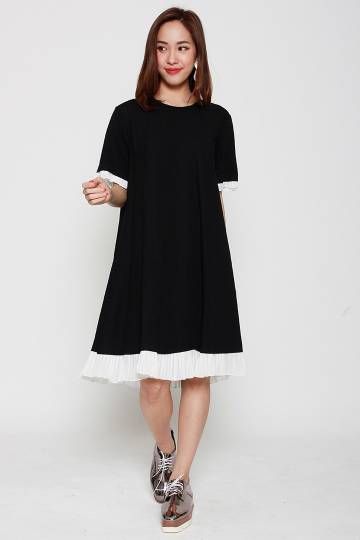 Nikini Pleated Dress in Black White