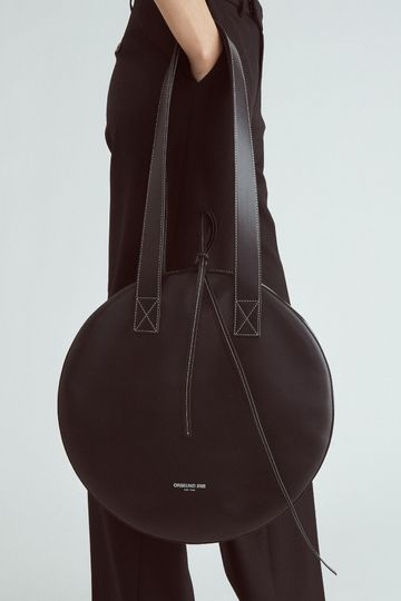 LEATHER CIRCLE TOTE