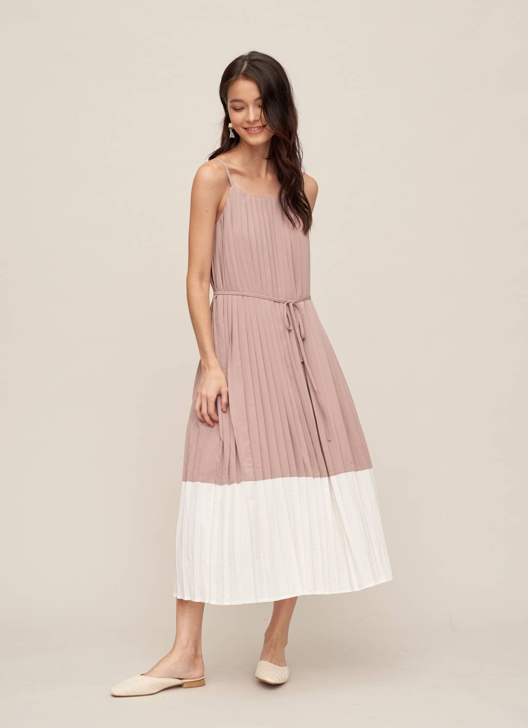 MANDY Pleated Dress in Mauve Pink