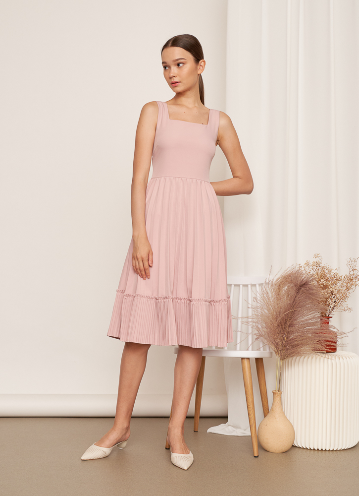 CHELSEA Pleated Dress in Blush