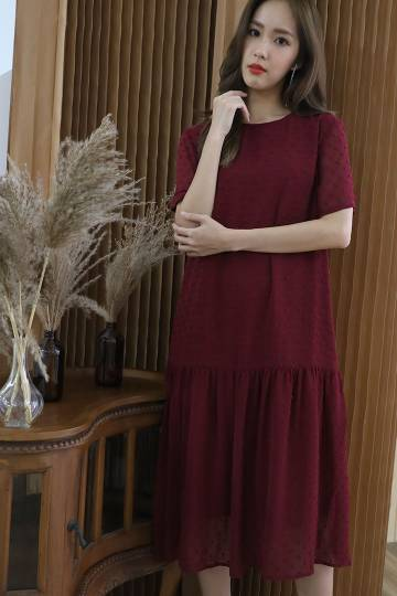 Gera Textured Dress in Maroon Red