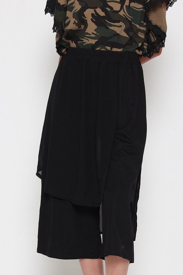Mona Tier Culottes in Black