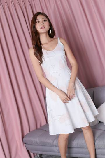 *TPZ* (PREMIUM) XABELLE ABSTRACT SKATER DRESS IN WHITE