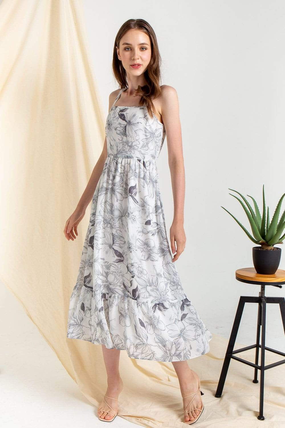HEBRITT BLACK FLORAL FLOWY MIDI DRESS