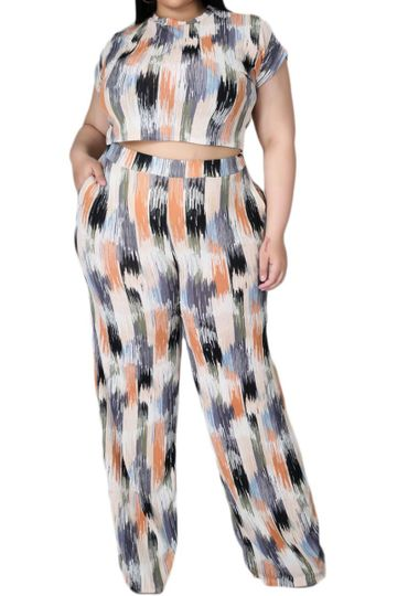 *Final Sale Plus Size 2-Pc Set with Crop Top & Leggings in Rust/Olive Multi-Color Print