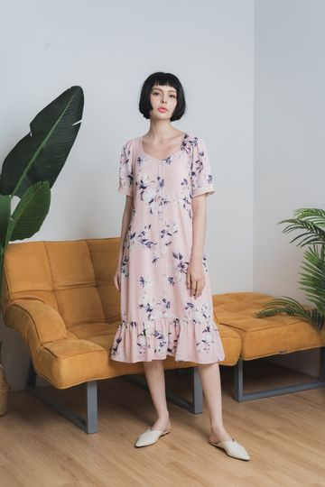 Fiorella Floral Button Midi Dress in Blush