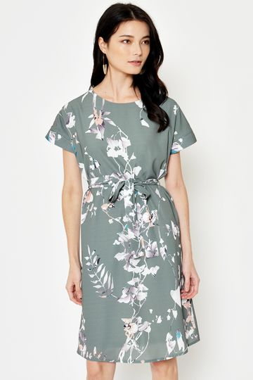 *BACKORDER* JAELLE FLORAL MIDI DRESS W SASH