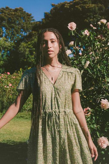 The Dawn Dress   Green Blooming Meadow Silk-Cotton (Pockets)