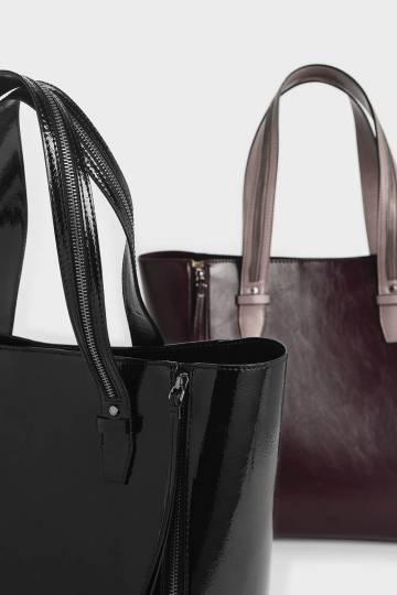Wrinkled Patent Double Zip Long Handle Tote Bag