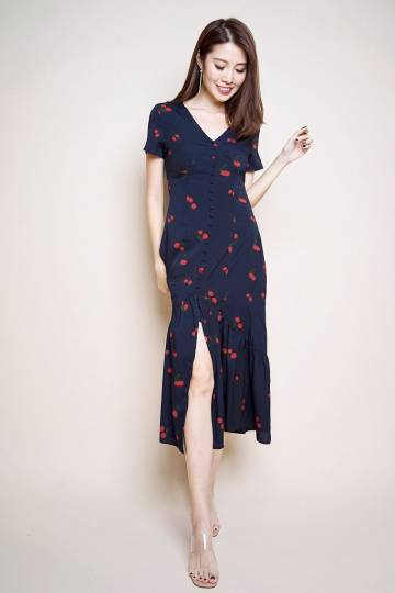 Back order: Adalyn Cherry Printed Button Midi - Navy [S/M/L/XL]