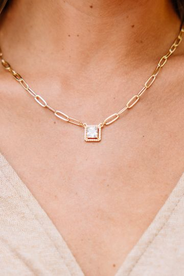 Treasure Jewels: Treat You Well Crystal Pendant Necklace