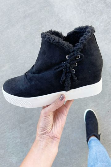 Very G That's What People Say Fur Lined Booties in Black