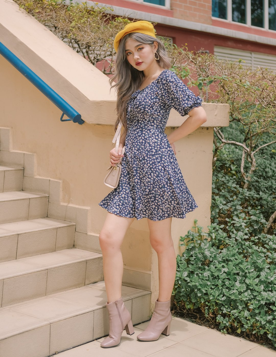 *MFW Label* Ditsy Daisy Floral Dress in Navy