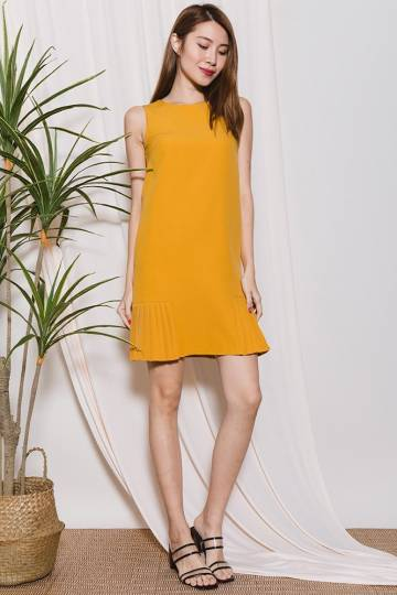 Piper Pleated Sides Dress (Amber)