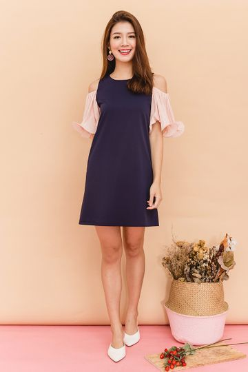 Merry Pleats Cold Shoulders Dress in Navy Pink
