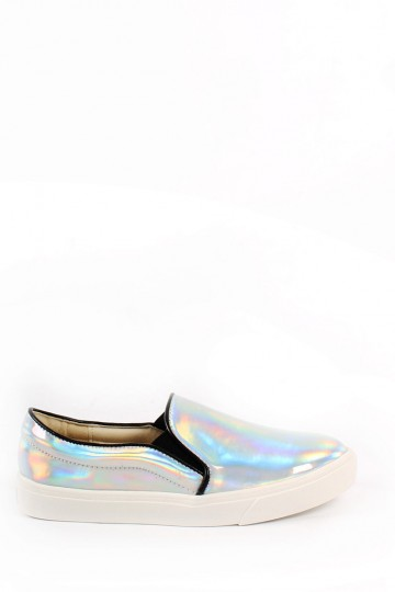 Holographic Slip me On | Young Hungry Free