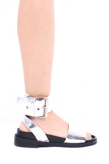 Moon Walking Sandals in Silver | Young Hungry Free