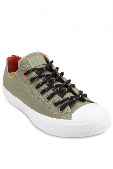 Chuck Taylor All Star II Ox Men's Canvas Sneakers