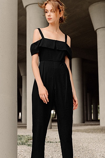 BRITTANY JUMPSUIT IN BLACK