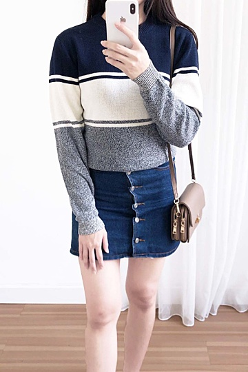 M1023 Knitted Sweater