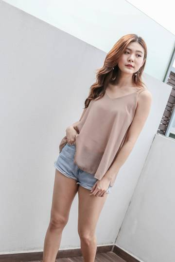 *BACKORDER* BASIC BREEZY SPAG TOP IN NUDE
