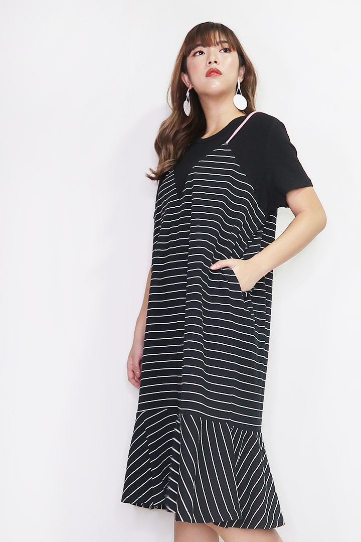 Christy Stripe Dress in Pink Black