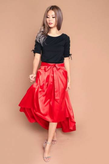 Ever a Surprise Satin Pleat Skirt Red